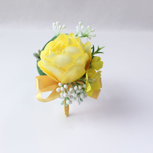 Wedding Party Corsages, Wrist Flowers and Buttonholes in 14 different Stylescorsage-C-weddingniknaks