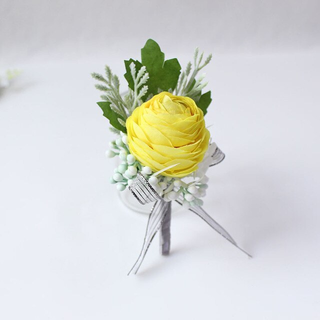 Wedding Party Corsages, Wrist Flowers and Buttonholes in 14 different Stylescorsage-E-weddingniknaks