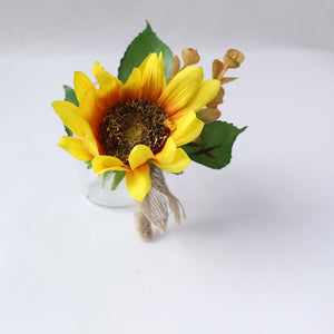 Wedding Party Corsages, Wrist Flowers and Buttonholes in 14 different Stylescorsage-F-weddingniknaks