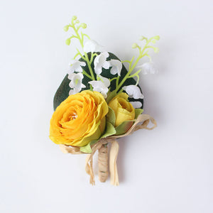 Wedding Party Corsages, Wrist Flowers and Buttonholes in 14 different Stylescorsage-G-weddingniknaks