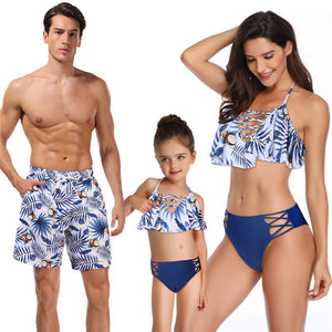 3cf40bf7af Family Matching Clothes 2019 Look Mom Mum Beachwear Mother Daughter  Swimsuit Mommy And Me Swimwear Men Boy Dad Son Beahc Shorts