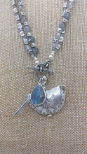 Load image into Gallery viewer, Stunning Labradorite with Hill tribes Silver necklace