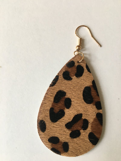 Animal print tear shaped earrings
