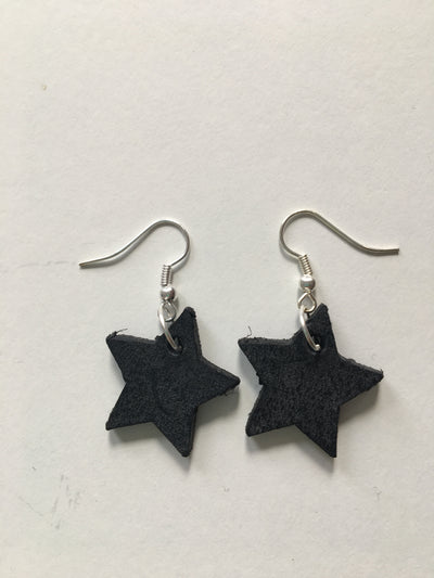 Dark grey star earrings