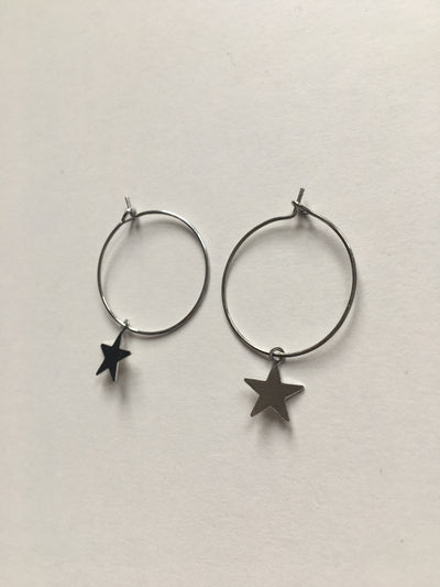 Silver circle star earrings
