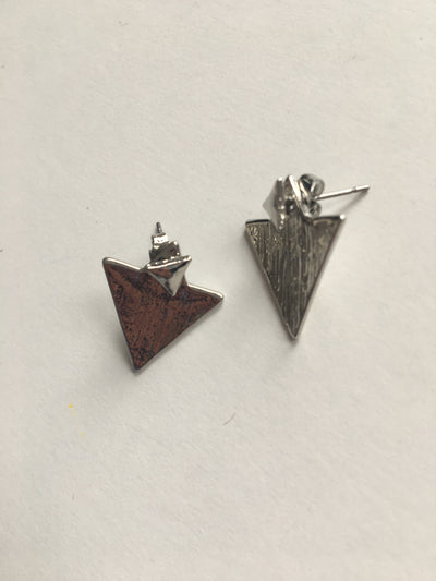 Silver solid textured triangle shaped earrings