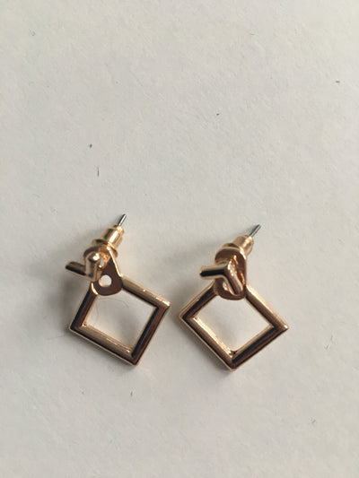 Gold diamond shaped earrings