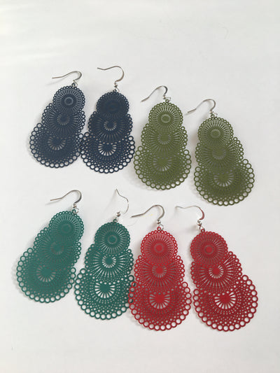 Olive green strong circles earrings