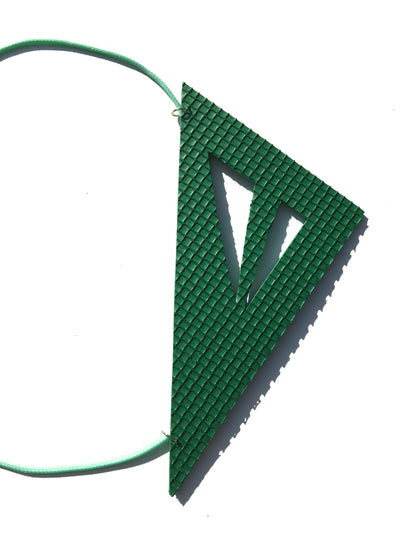 Green geometric foam necklace