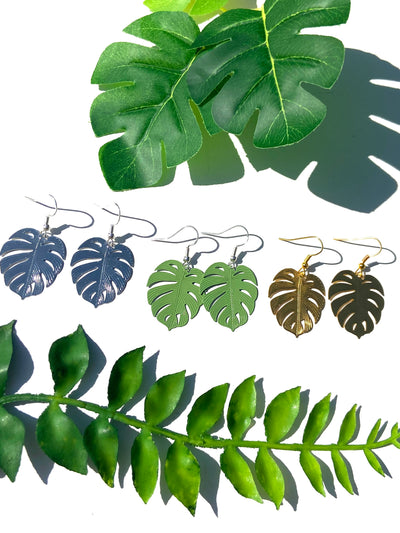 Monstera solid bohemian leaf dangle - green