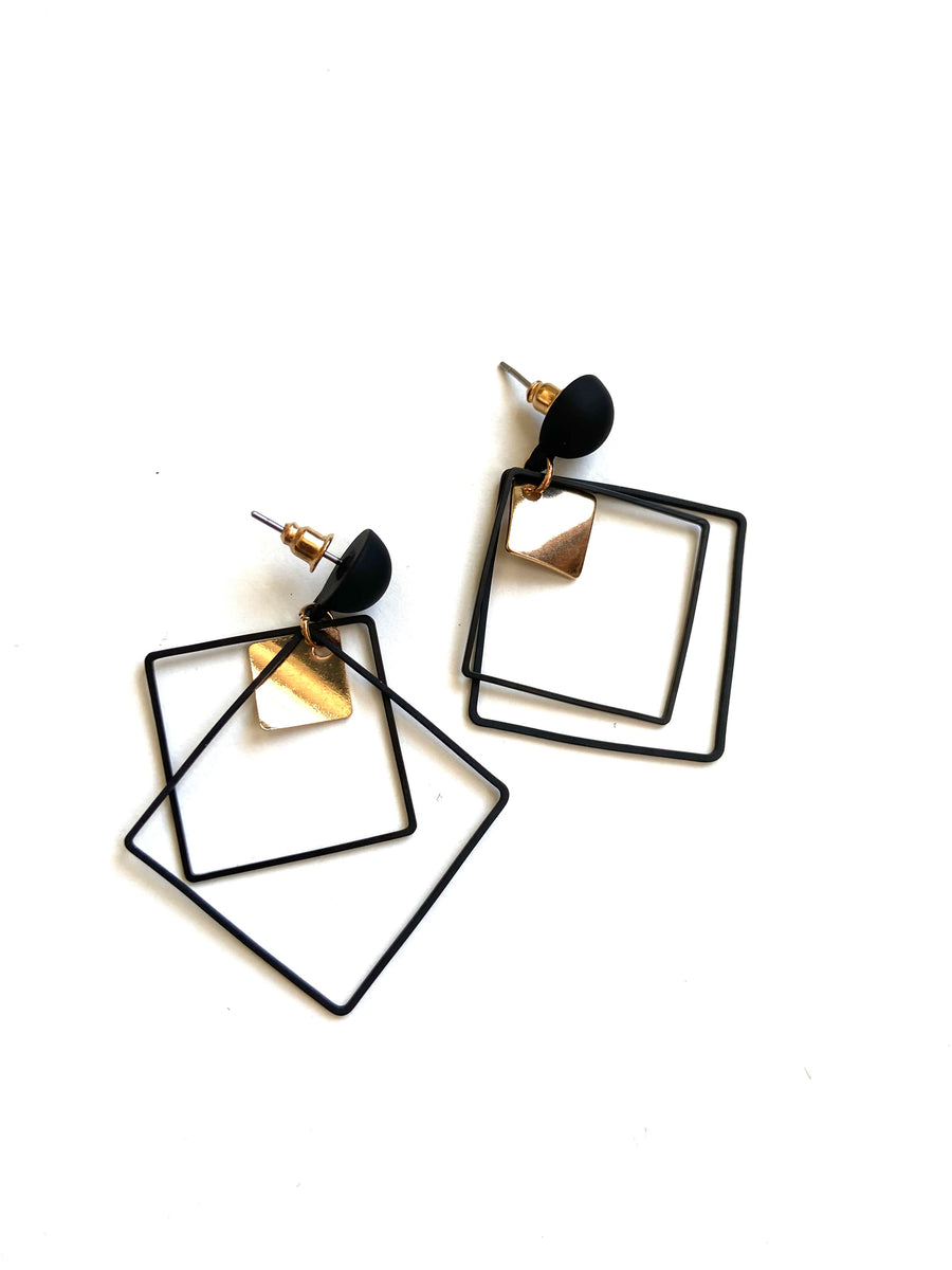 Black strong square earrings