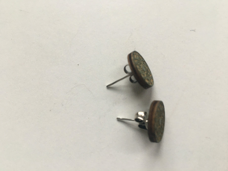 Khaki green tile wood studs