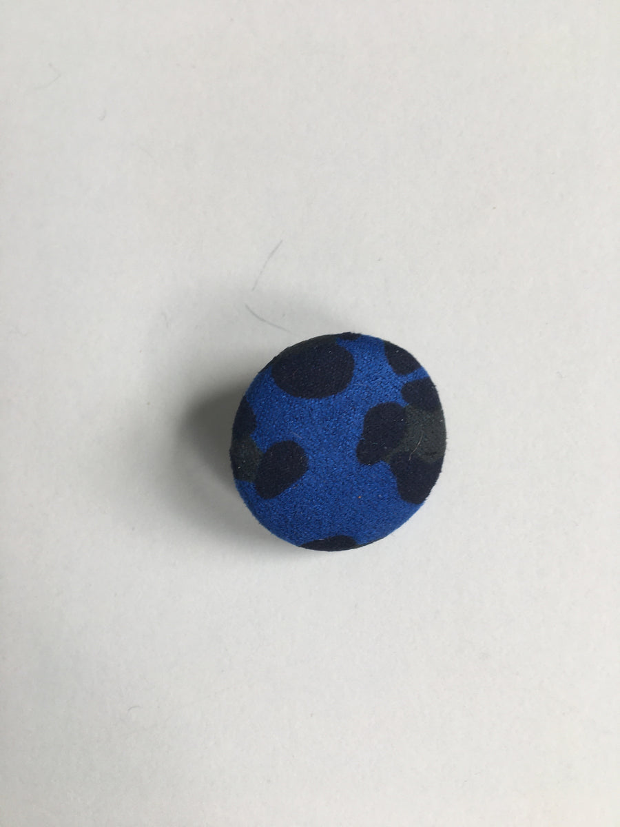 Large blue animal print studs