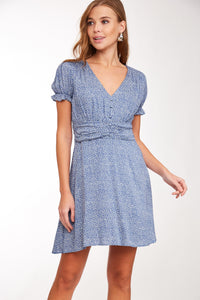 Short blue v-neck dress for spring / summer