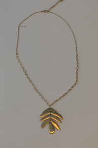 long necklace gold leave