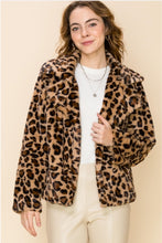 Load image into Gallery viewer, Cheetah Jacket