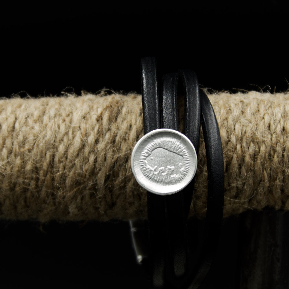 Leather%2Bwrap%2Bbracelet.jpg