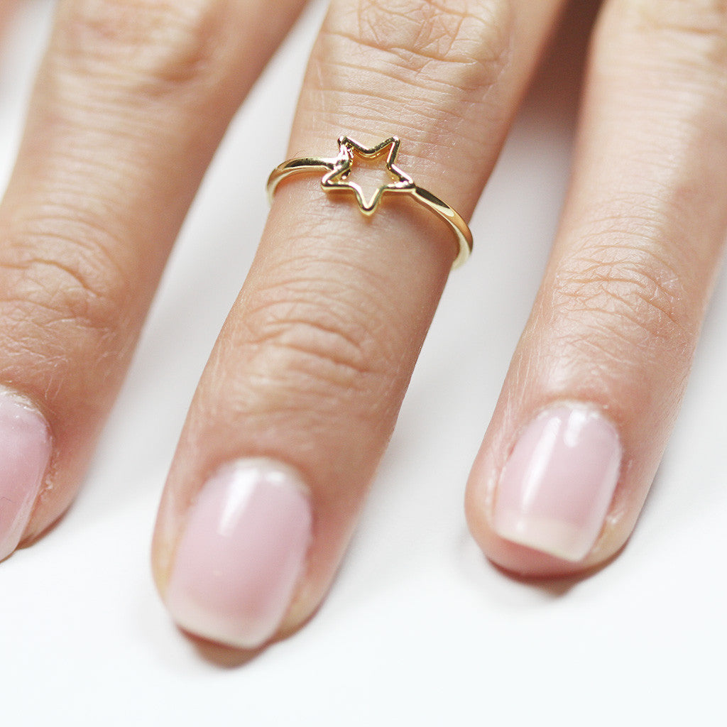 Open Star Knuckle Ring