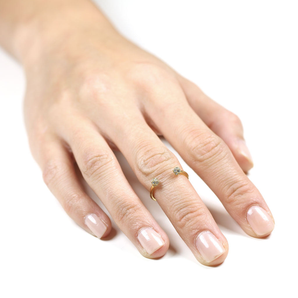 Open knuckle ring