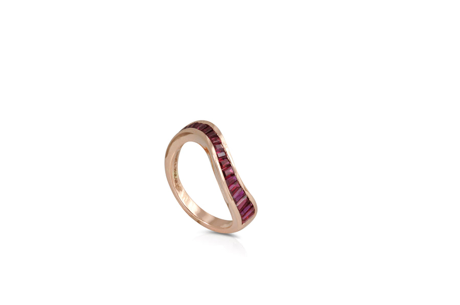 Ruby Wave Ring - Jo Latham