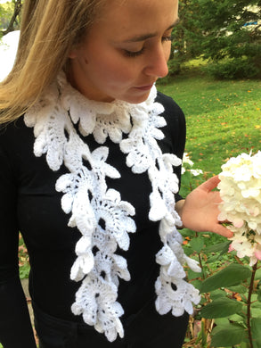 Crochet Scarf With Floral Design