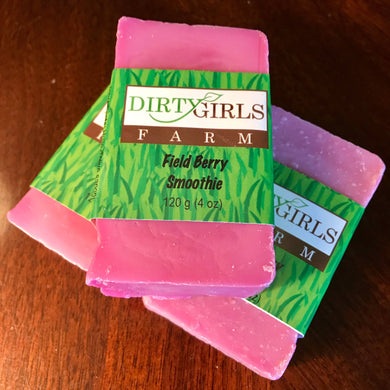 All Natural / Handcrafted / Artisan / Cold Processed Soap: FIELD BERRY SMOOTHIE