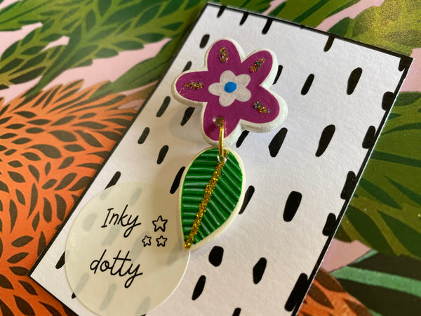 Inky Dotty Flower Leaf brooch