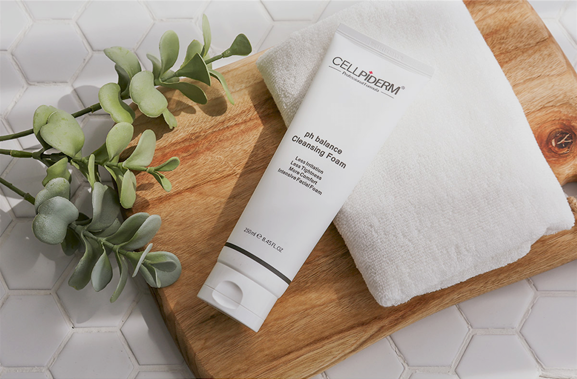 [CELLPIDERM] PH BALANCE CLEANSING FOAM (250ml)
