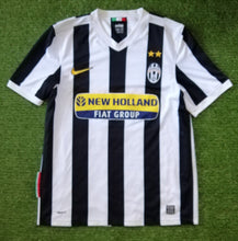 Load image into Gallery viewer, Juventus Home Shirt 2009 2010 M