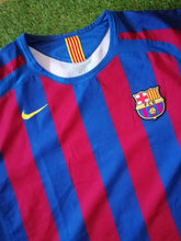 Load image into Gallery viewer, FC Barcelona Home Shirt 2005 2006 XL