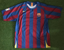 Load image into Gallery viewer, FC Barcelona Home Shirt 2005 2006 L