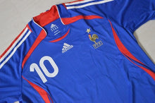 Load image into Gallery viewer, France Home Shirt World Cup 2006 #10 Zidane