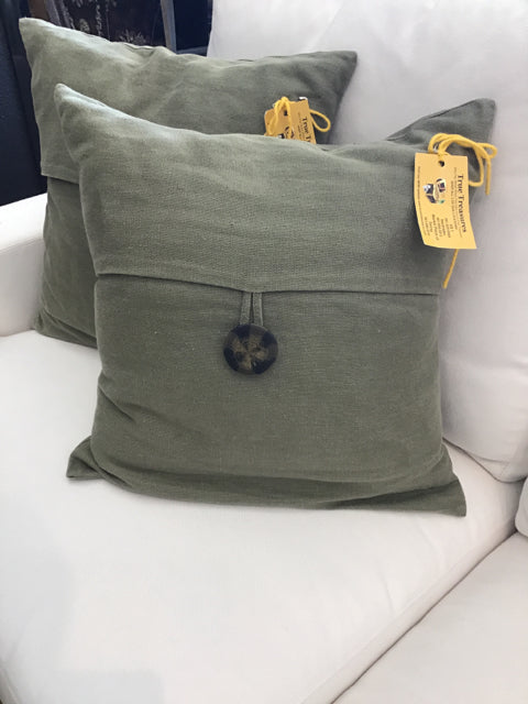 Pillow with Large Button