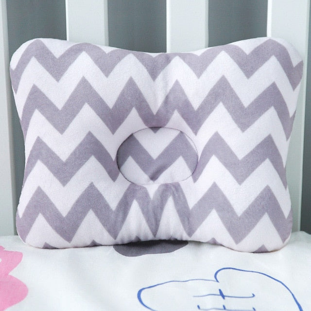Baby Nest Safety Pillow - Zig Zag