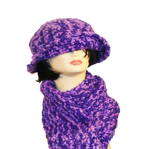 Queen Purple Gold Multi Hat & Scarf