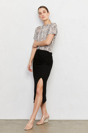 Canto Ribbed Knit Skirt w/ side front slit