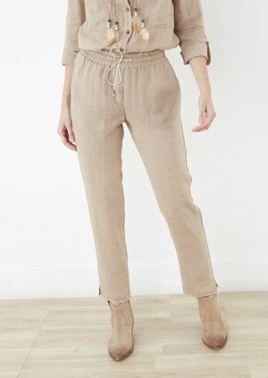 Lea Linen Drawstring Pants at {price}