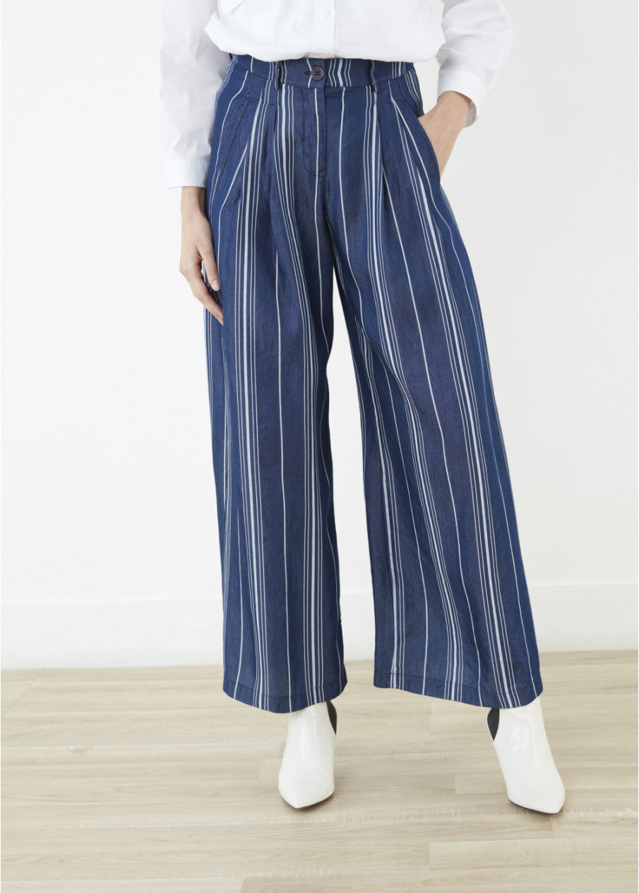 Swan Wide Leg Flowing Pants at {price}