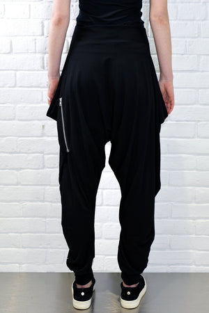 Angle Zipper Pant - Black Solid