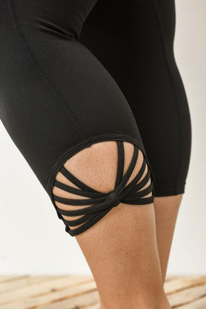 Webbed Capri Leggings - Plus Sizes