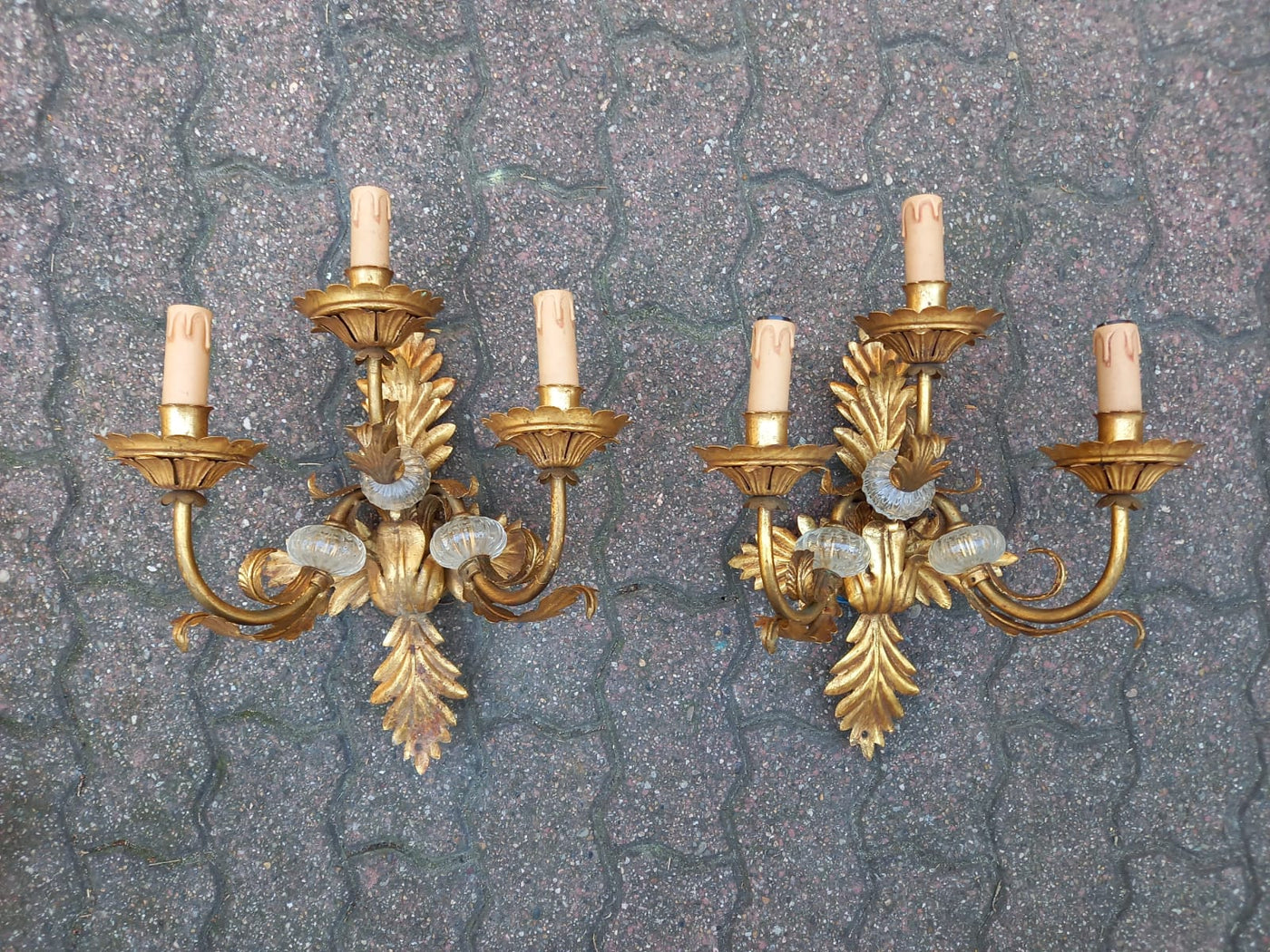 #7009-UGGG - Pair of Sconces