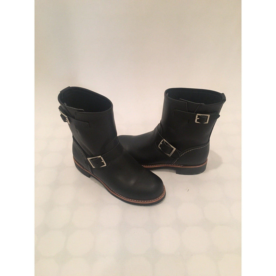 Ladies Red Wing Short Engineer Boot 3354