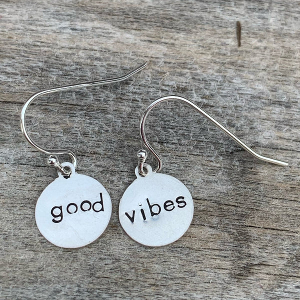 "Pair of sterling silver earrings - circle shape - ""good vibes"""
