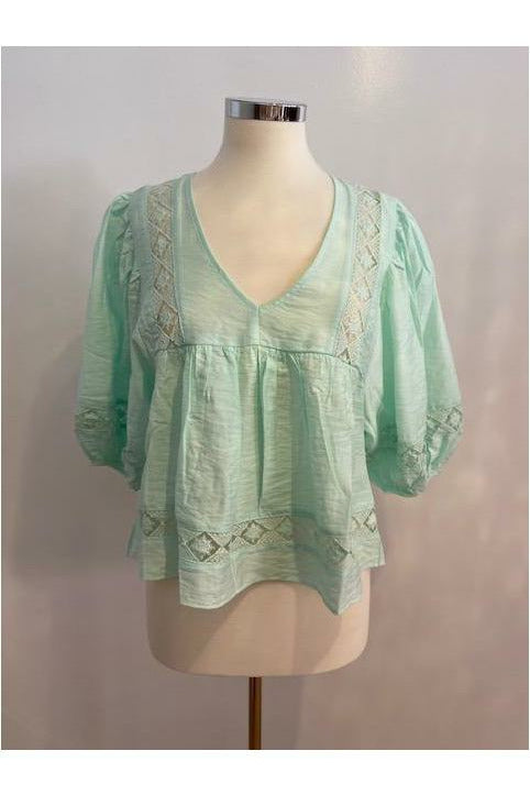 Can I have a Mint Blouse