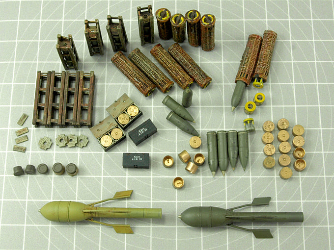GERMAN 15cm AMMO AND ACCESSORIES