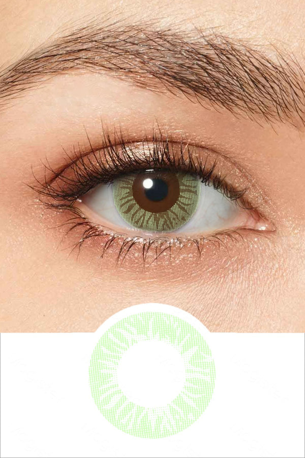 Sensual Emerald Green Colored Contacts