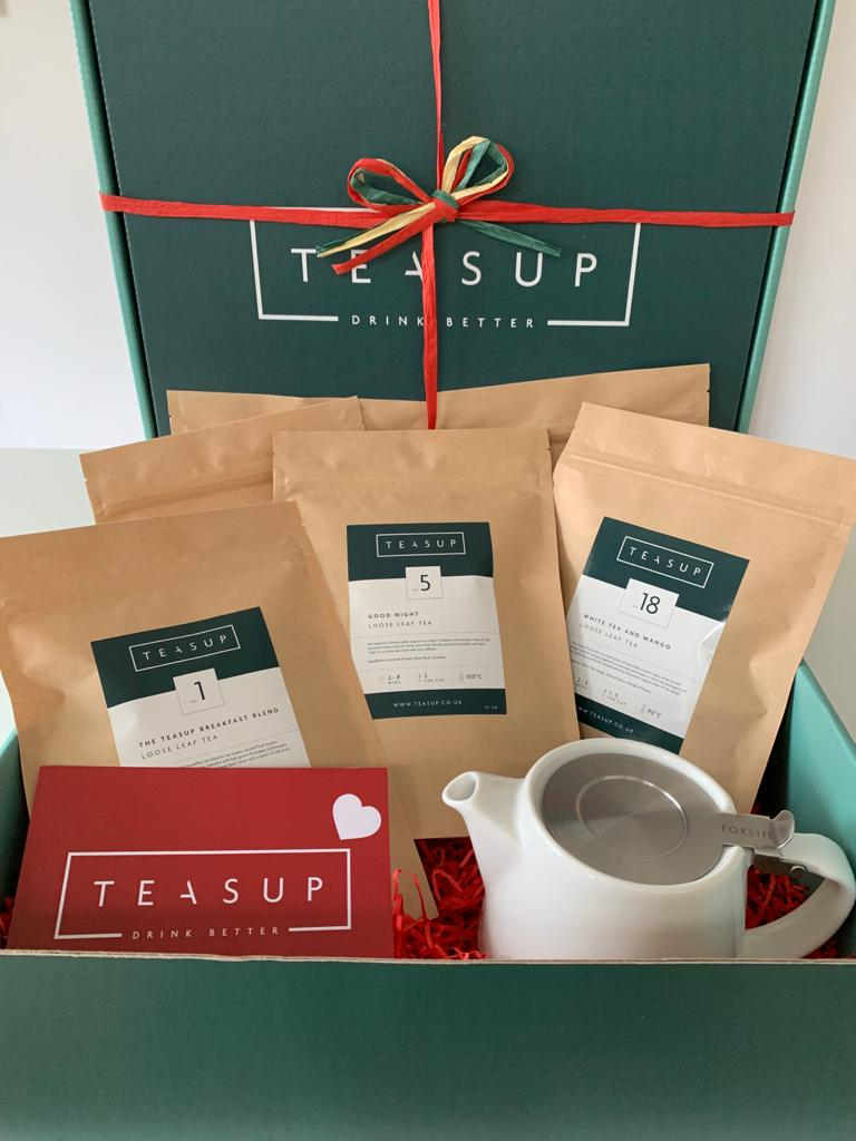Valentine's Day Gift Set With Infuser Teapot