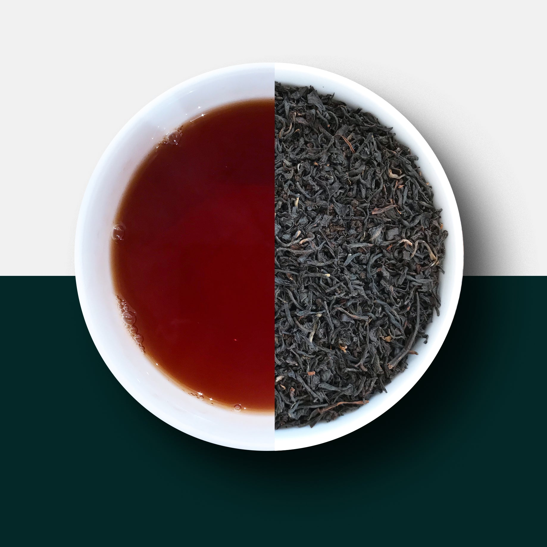 English breakfast tea loose leaves and liquid
