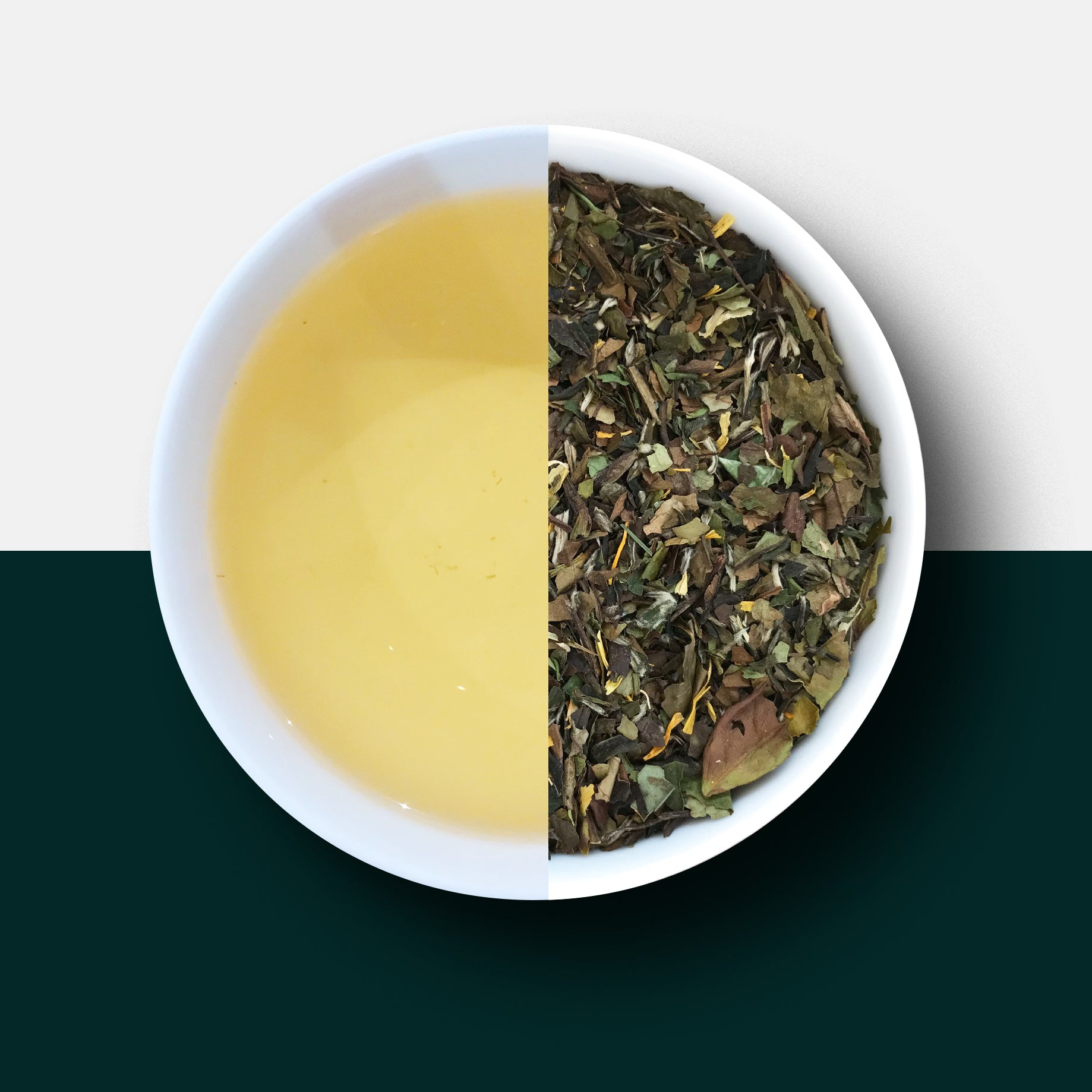 White tea and mango - fruit tea - loose leaf tea and liquor
