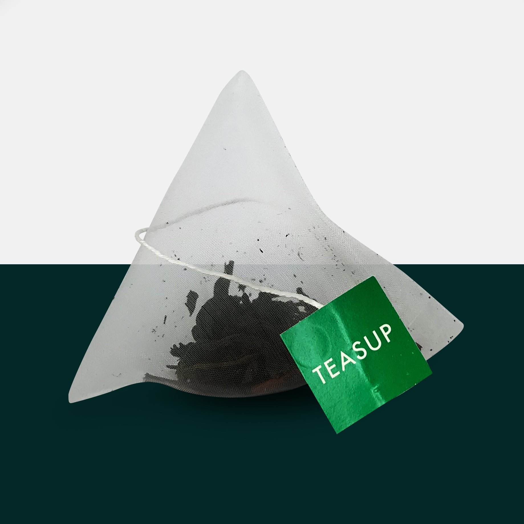 Malawian Smoked Tea in a Biodegradable Pyramid Tea Bag by Teasup
